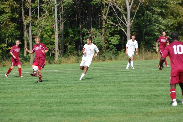 Holy Cross vs. Rochester College - Photo 6
