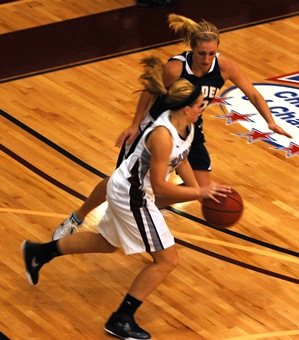 Sophomore Megan Eve's seven points in the first half helped Holy Cross beat Moody Bible 75-45 Saturday afternoon.
