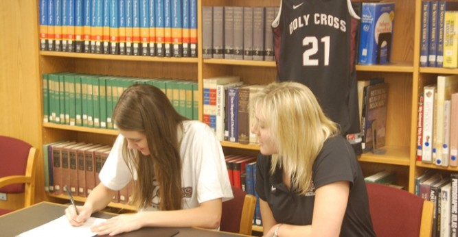 Local prospect, Shelby Nelson, signs with women�s basketball program