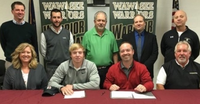 Moore signs with men's golf